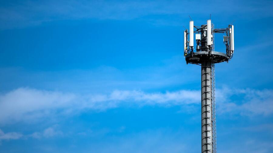5G-Frequenzen: Strengere Auflagen für Mobilfunk-Unternehmen Quelle: dpa