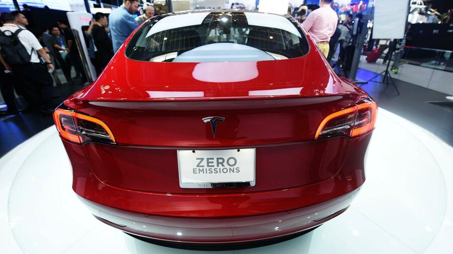 Lieferprobleme ins Ausland drücken Tesla-Absatz im ersten Quartal