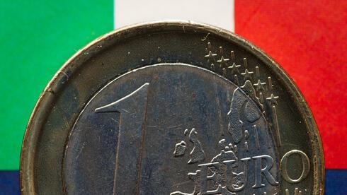 Noch zeichnet sich Italien auf den Ein-Euro-Münzen ab. Quelle: dpa