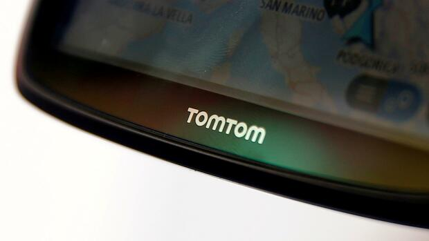 tomtom umsatz beim navi pionier bricht ein. Black Bedroom Furniture Sets. Home Design Ideas