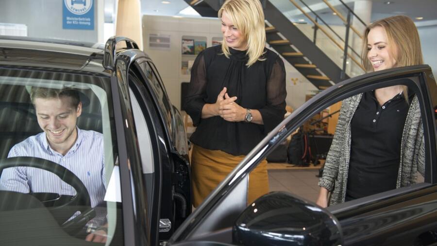 Neuwagenverkauf Für Jeden Dritten Autohändler Problematisch