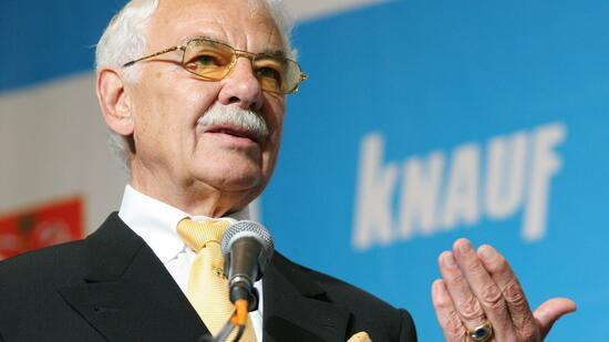 <b>Nikolaus Knauf</b> - 2-format2010
