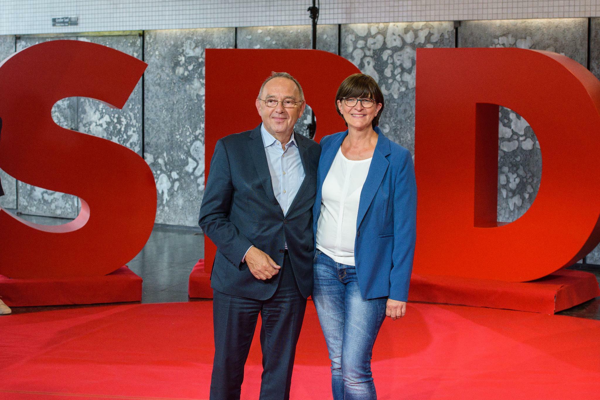 SPD-Kandidatenduo Walter-Borjans/Esken will Steuersystem radikal umbauen
