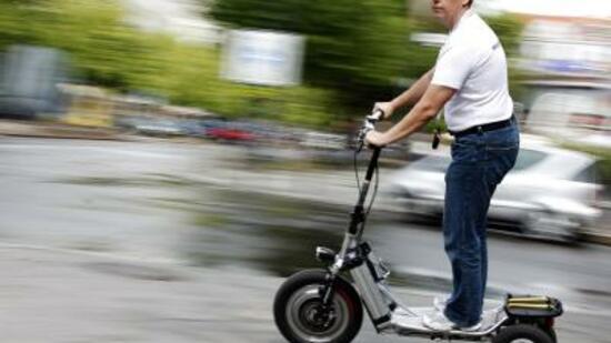 mobilit t bikeboard mit drei r dern auf die stadtpiste. Black Bedroom Furniture Sets. Home Design Ideas
