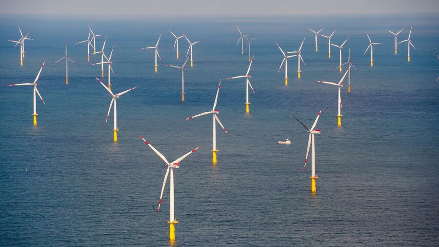 Windkraft Ausbau auf der deutschen Nord und Ostsee kommt voran