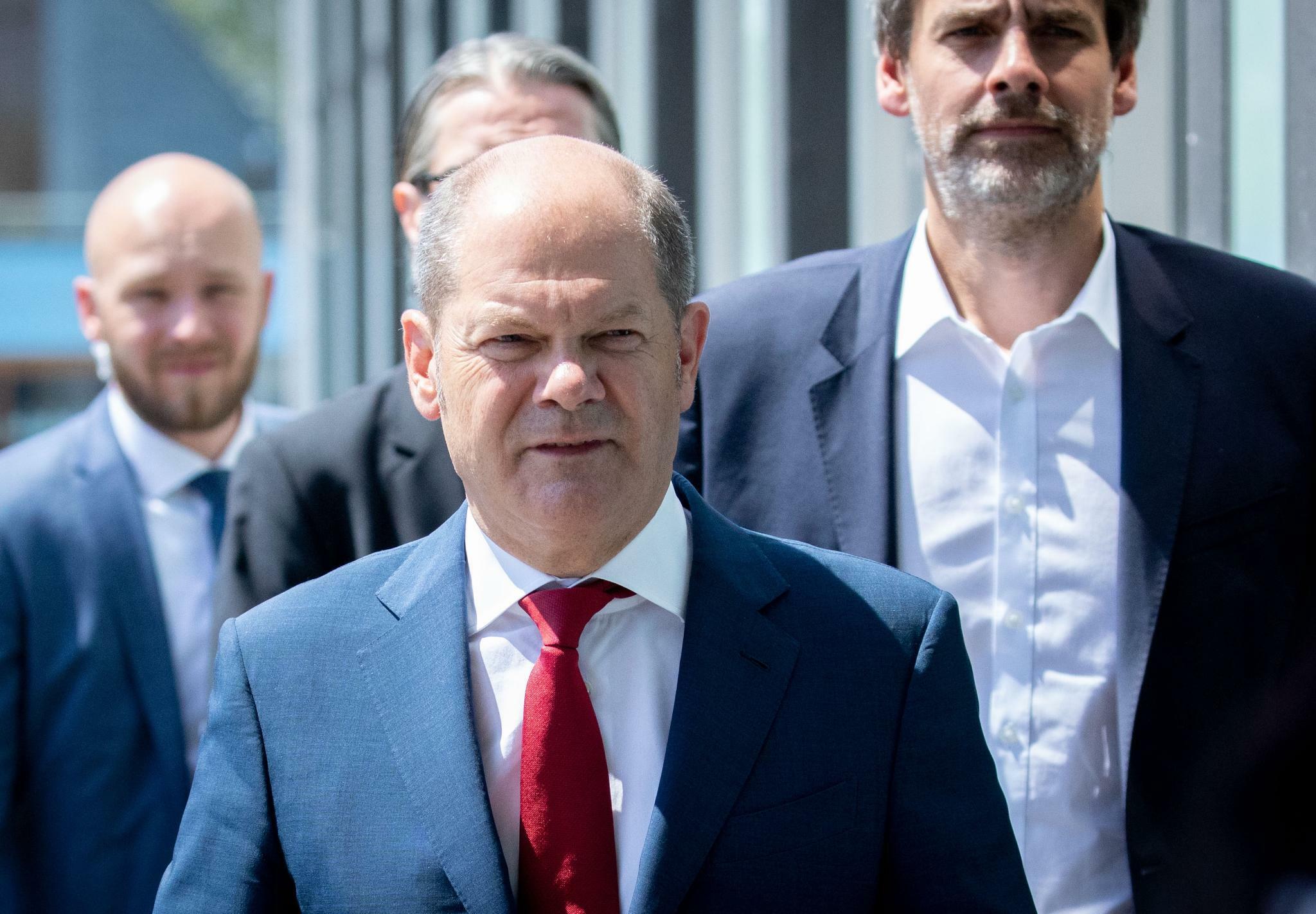 Olaf Scholz dementiert Kandidatur um SPD-Spitze nicht