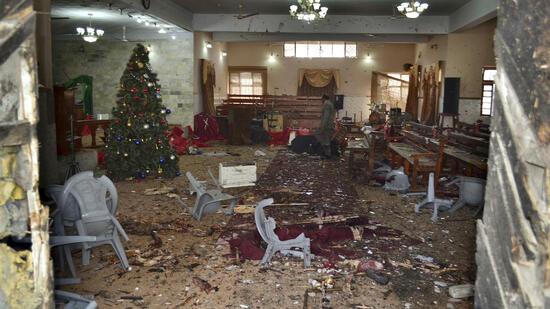 Mindestens acht Tote bei Anschlag auf Kirche in Pakistan