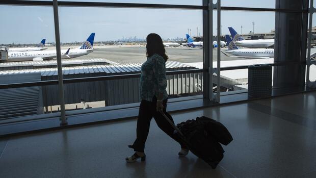 Kommentar: Geld nur bei Abflug: Ein neues Bezahlmodell für Airlines muss her