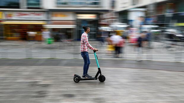 Mobilität: E-Scooter-Anbieter Tier bekommt 100 Millionen Dollar