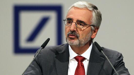 Deutsche Bank erwartet finanziellen Beitrag von Ex-Chefs