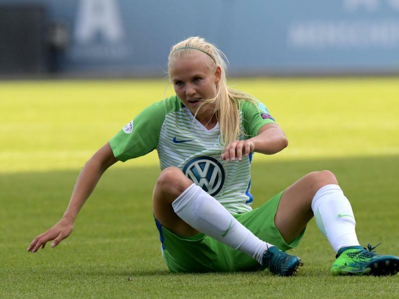 Wolfsburger Fußballerinnen vier Punkte vor Bayern München