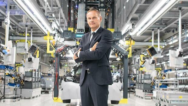 Interview: Porsche-Chef Oliver Blume will Elektroanteil kräftig ausbauen