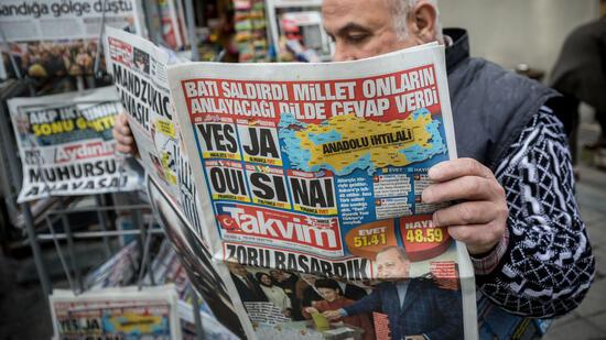 """""""Sie sind nicht frei"""": Journalisten in der Türkei unter Druck"""