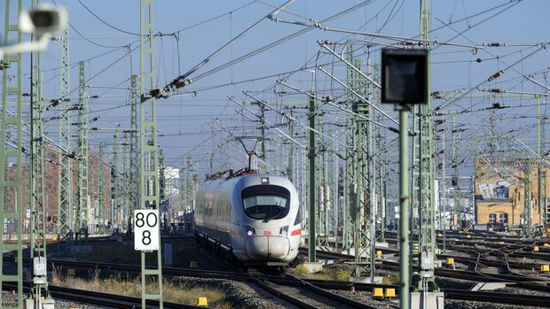 Qualitätsmangel und zu wenig Investitionen – Die Schweiz ist unzufrieden mit der Deutschen Bahn