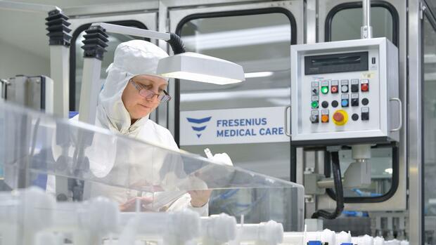 Dialysekonzern: Fresenius Medical Care hält trotz Corona-Welle in den USA an der Prognose fest