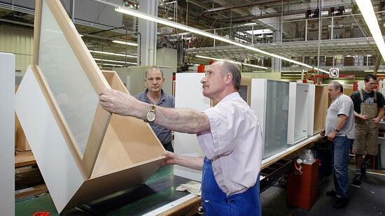 Küchenmöbel Hersteller Alno erzielt Teilerfolg gegen Ex Chef