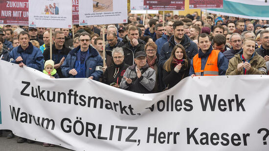 Siemens streicht 6900 Jobs - drei Standorte vor dem Aus