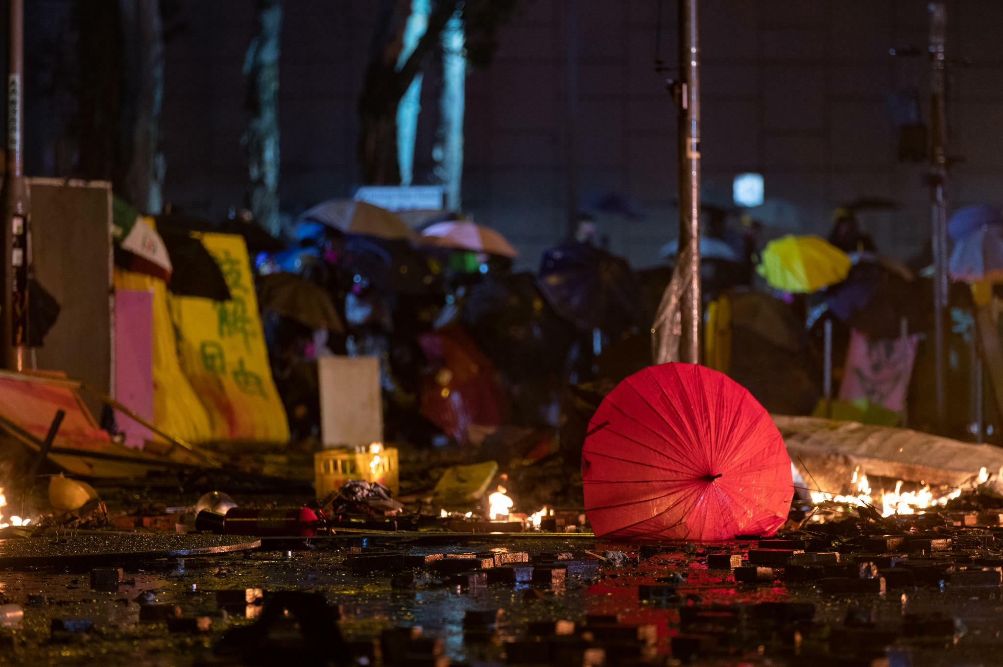 Polizei umzingelt weiterhin Universität in Hongkong
