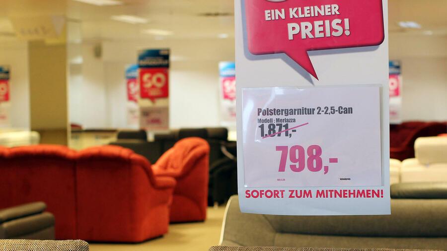 Nach Ansicht Der Zentrale Zur Bekämpfung Des Unlauteren Wettbewerbs Führen  Viele Möbelhäuser Den Erbitterten Preiskampf Mit