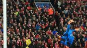 Fußball: Medien: FC Liverpool will Torwart Alisson von AS Rom holen