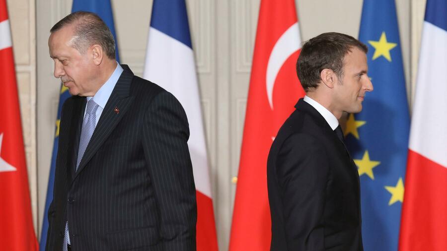 Macron warnt Türkei vor