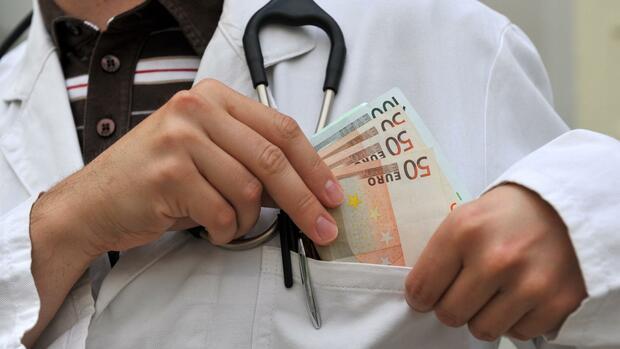 Pharmabranche: Pharmakonzerne zahlen über 600 Millionen Euro an deutsche Ärzte