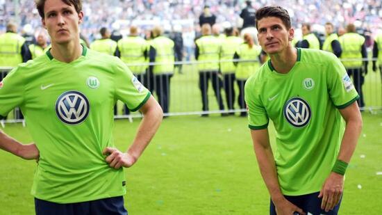 2:1 gegen Wolfsburg: HSV rettet sich kurz vor Schluss