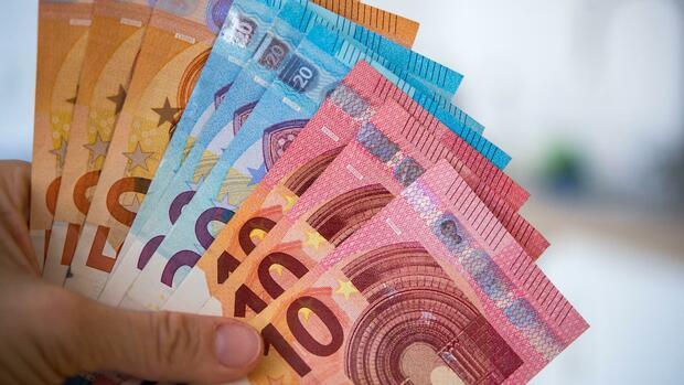 Aktieninvestments: Anlegen mit Dividenden: Die wichtigsten steuerlichen und rechtlichen Tipps