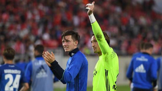 Fußball: Adler verlängert Vertrag in Hamburg nicht