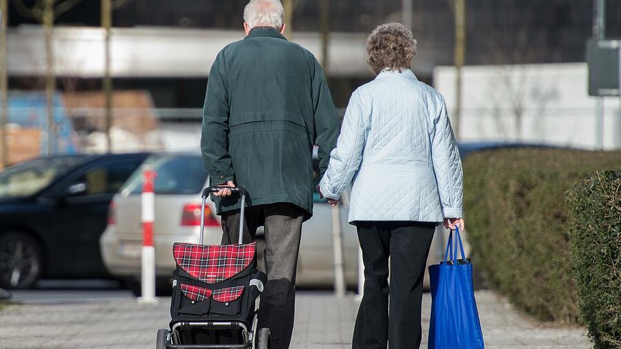 Jede zweite Rente liegt unter 800 Euro - Regierung veröffentlicht Schock-Zahlen
