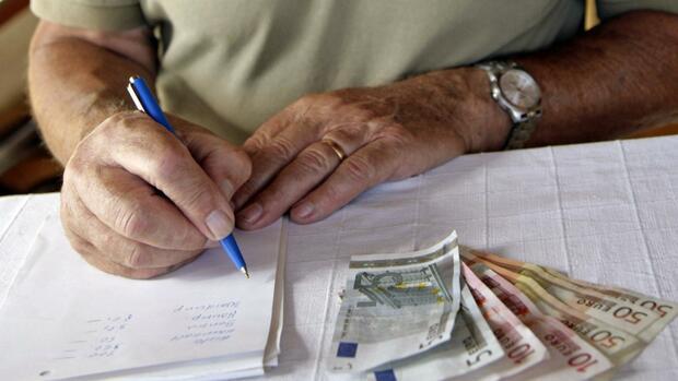 Steuertipp: BFH erteilt höherem Rentenfreibetrag in Ostdeutschland eine Absage