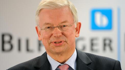 Der neue Vorstandsvorsitzende des Baukonzerns Bilfinger Berger und ehemalige hessische Ministerpräsident Roland Koch (CDU). Quelle: dpa