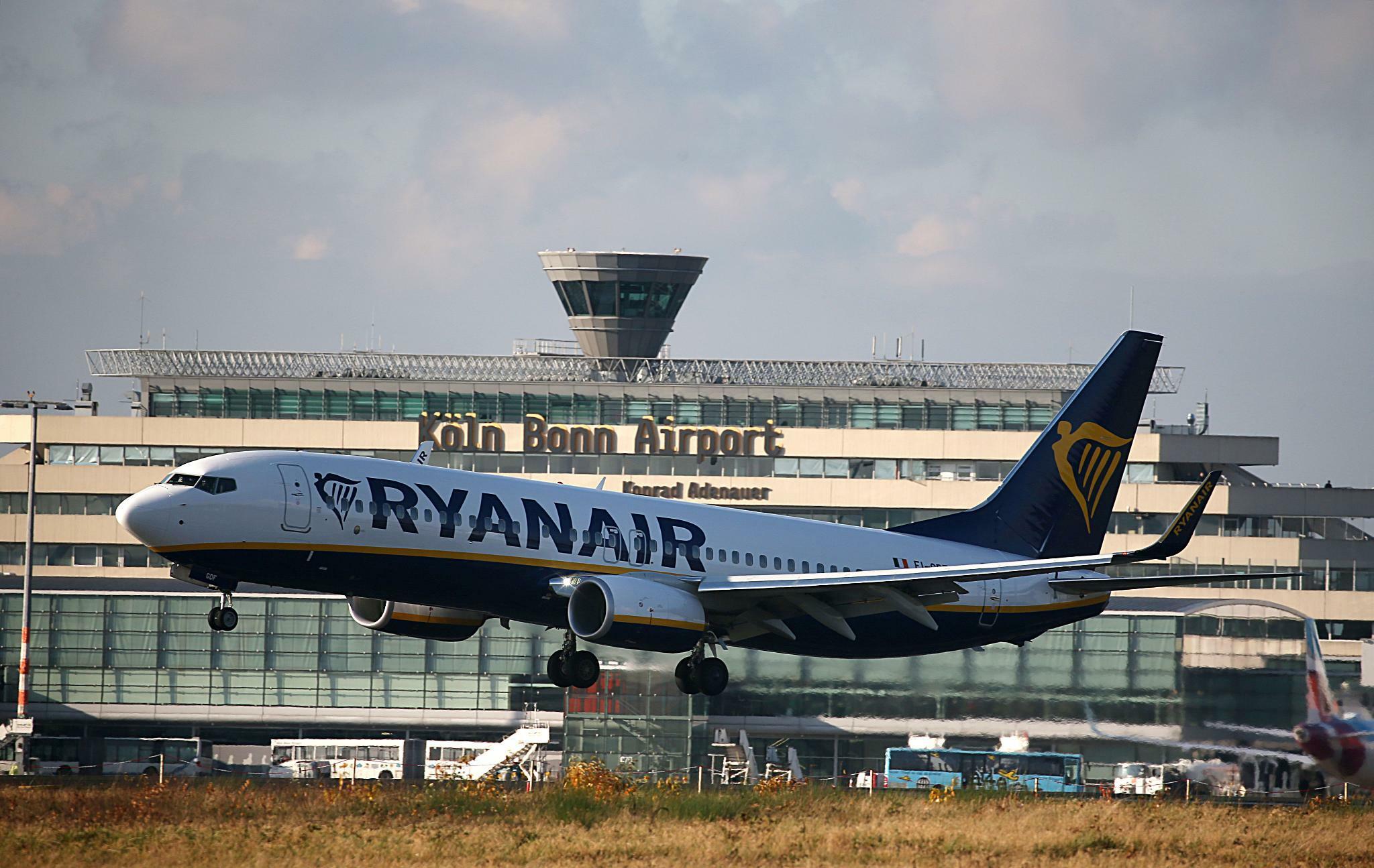 Ryanair Billigflieger Baut Nach Streiks Flotte In Dublin Ab