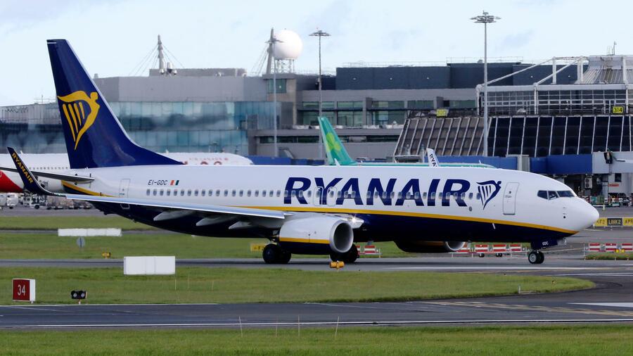 Ryanair knickt ein