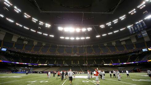 Die San Francisco 49ers beim Training im Superdome. Quelle: Reuters