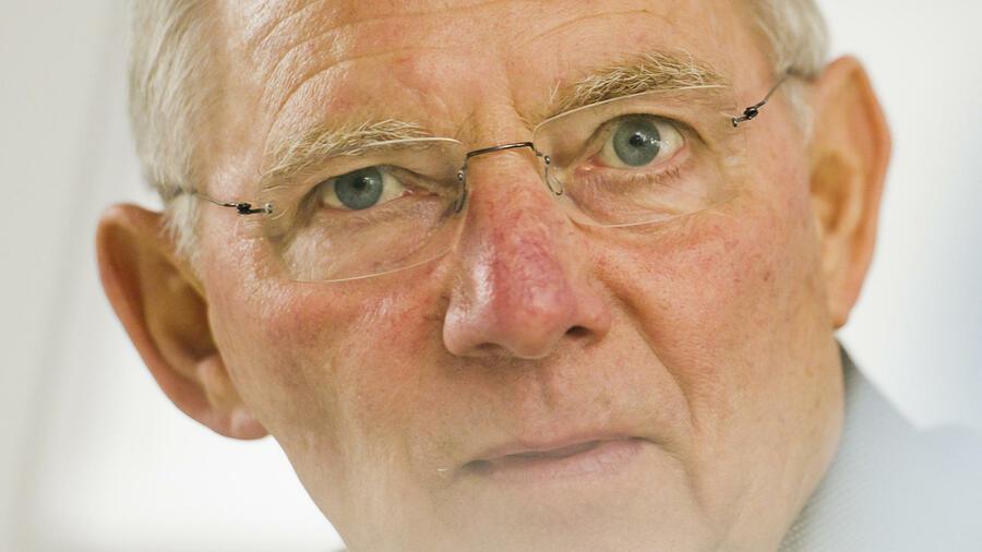 die lebensgeschichte von wolfgang schuble ist in mehrfacher hinsicht bemerkenswert quelle dapd - Wolfgang Schauble Lebenslauf