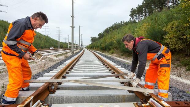 Medienbericht: Bundesregierung reduziert offenbar Investitionen in Schienenausbau