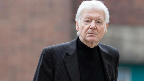 Ankläger schwächen Vorwürfe gegen Anton Schlecker etwas ab
