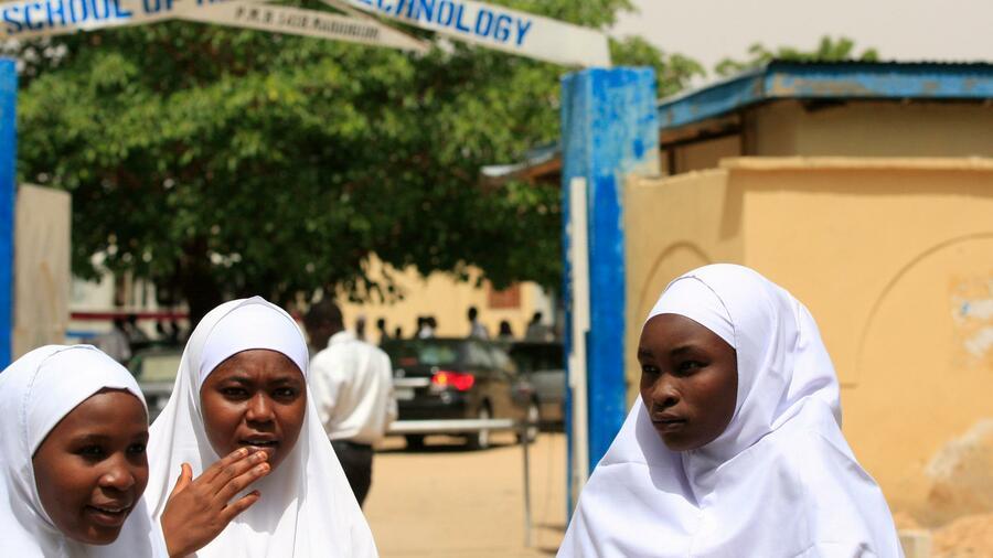 Schülerinnen nach Boko-Haram-Angriff auf Schule vermisst