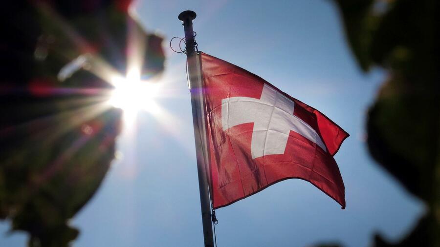 Schweiz schafft Steuerprivilegen für internationale Konzerne ab