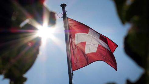 Das Steuerabkommen mit der Schweiz wurde von SPD und Grünen abgebügelt. Quelle: dpa
