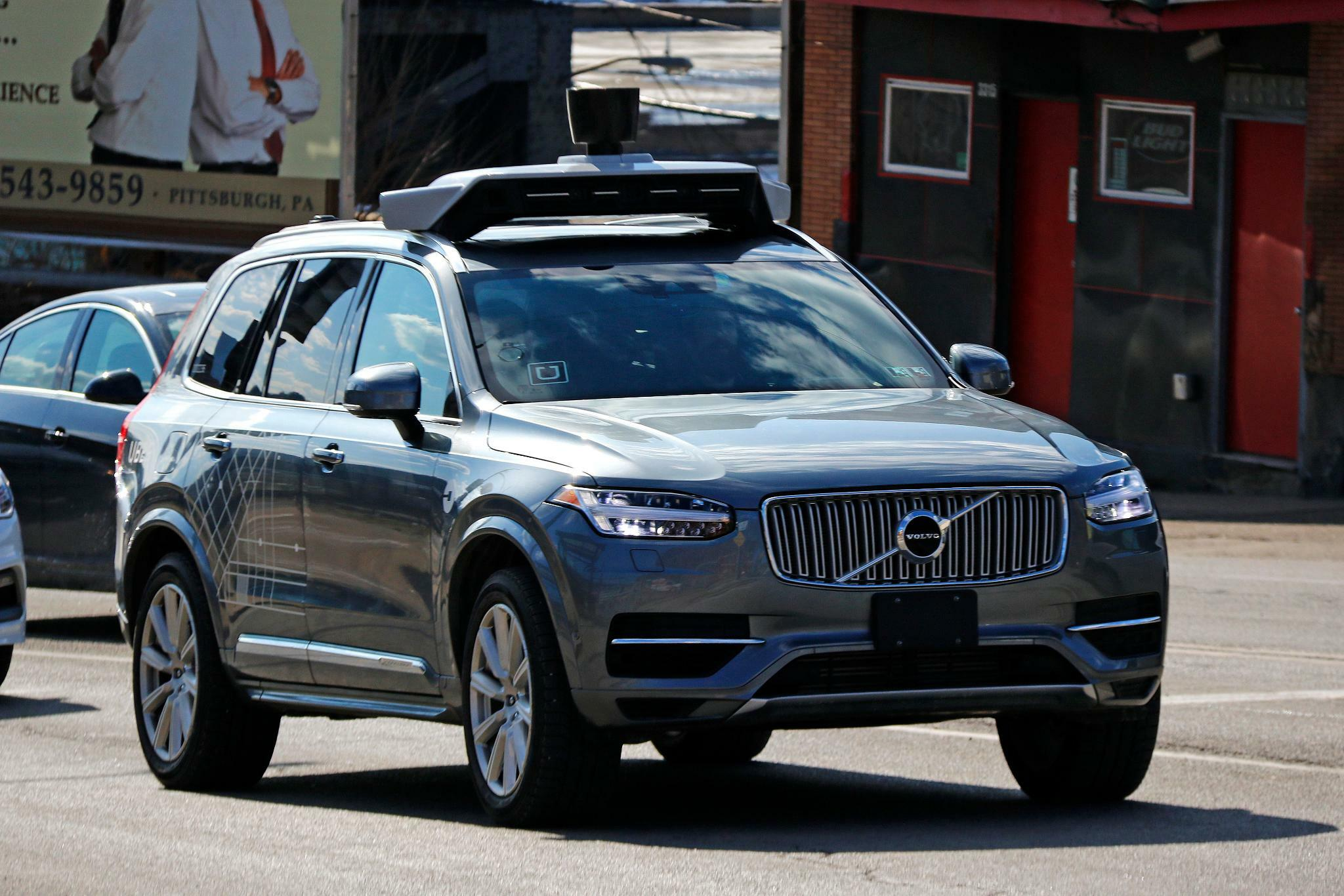 Tödlicher Uber-Crash: Robo-Autos sollen stärker reguliert werden