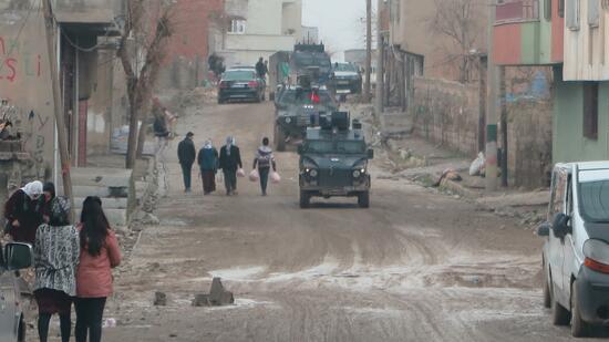 Die türkische Armee verlegt Panzer an die irakische Grenze. Quelle: picture alliance
