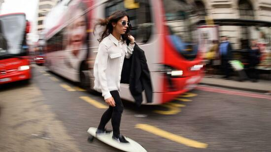 Skaterin in London