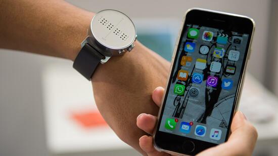 messe rehacare gadgets die den alltag erleichtern. Black Bedroom Furniture Sets. Home Design Ideas