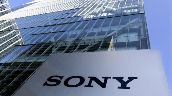 PS4 Pro & Playstation VR verkaufen sich wie warme Semmeln — Sony