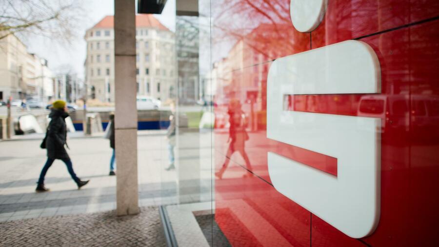Sparkasse Nürnberg kündigt 21.000 Sparverträge