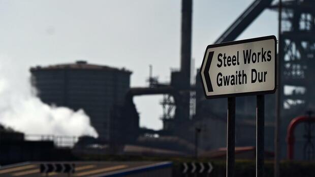 Tata Steel will seine Gespräche über eine mögliche Fusion mit der Stahlsparte von Thyssenkrupp fortsetzen. Die Pläne für das europäische Stahlgeschäft seien unverändert, sagten Tata.