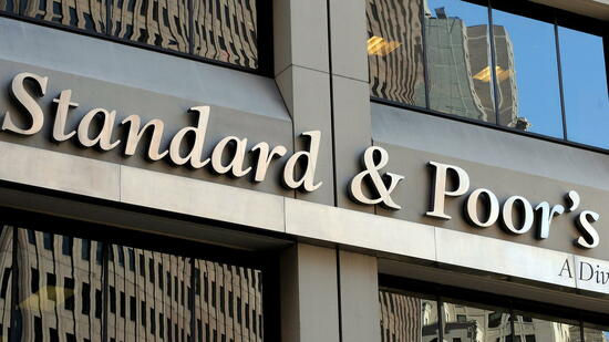 Standard & Poor's stuft Türkei herab