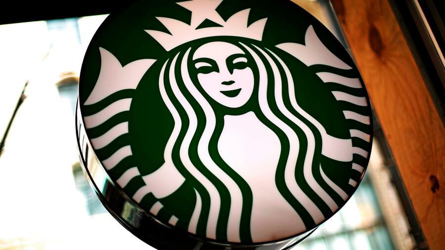 Nestlé-Aktien nach Übernahme von Starbucks-Kaffeegeschäft fester